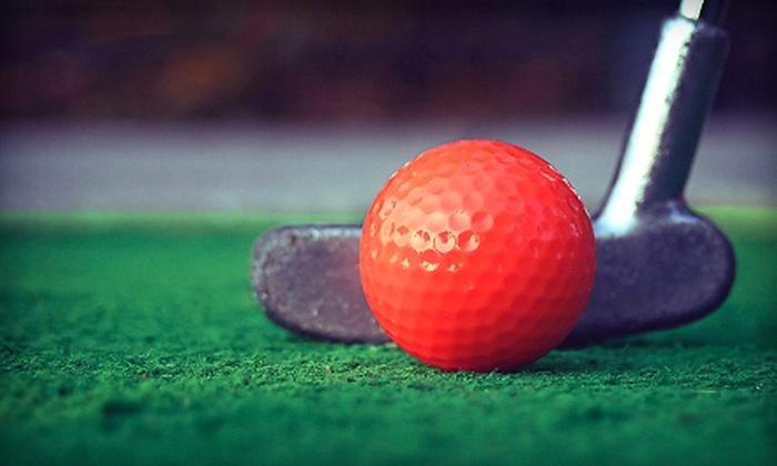 Minigolf2u - Nuuanu - Punchbowl: Rental of a Nine-Hole Mobile Mini-Golf Course for Up to 5 or 12 Hours from Minigolf2u (62% Off)