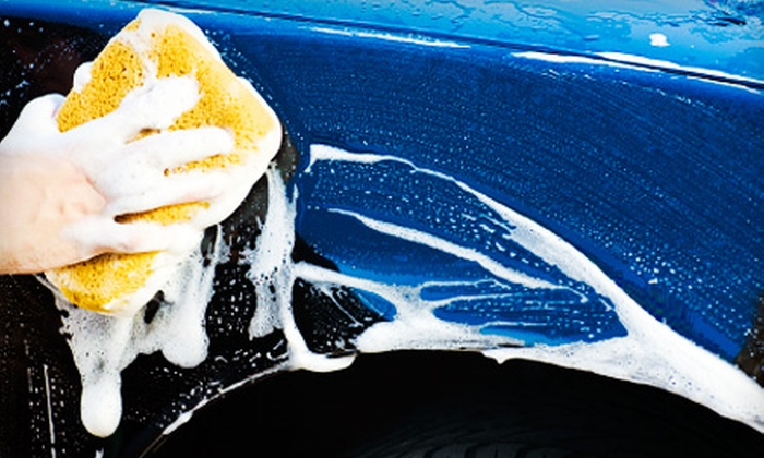 Hollywood Shine - Hollywood Hills: $13 for an At-Home Car Wash and Shine from Hollywood Shine (Up to $34.90 Value)