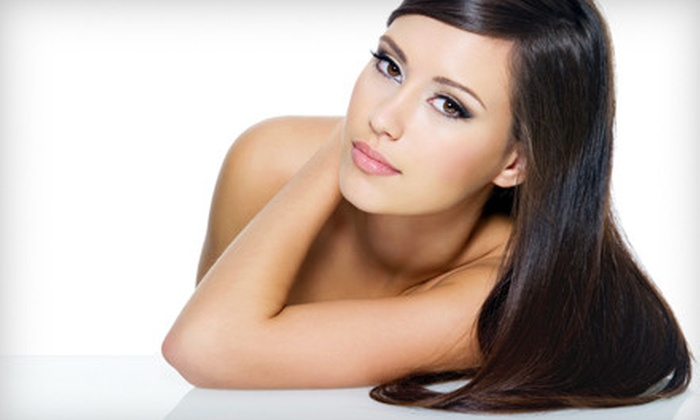 Glo - Core-Columbia: $99 for a Brazilian Keratin Straightening Treatment at Glo ($250 Value)