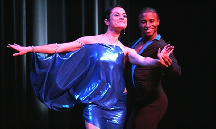 Latin Street Dancing - West Loop: $29 for One Four-Week Dance- or Fitness-Class Pass at Latin Street Dancing ($75 Value)