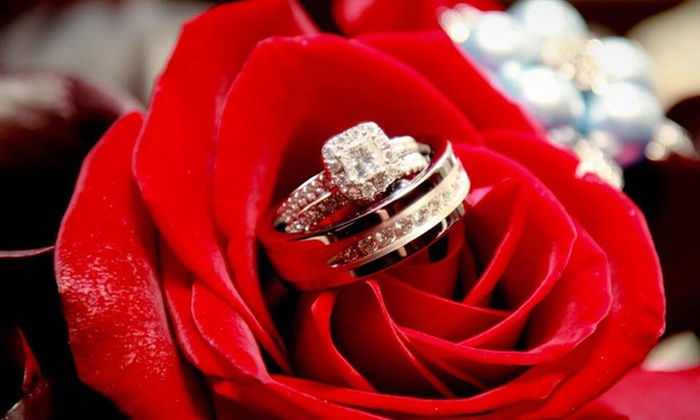 Simply Haute Affairs - Raleigh: Wedding-Planning Packages from Simply Haute Affairs (60% Off). Three Options Available.