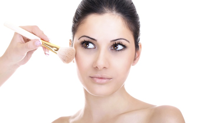 Envee Beauty Bar & Cosmetics - Underwood Hills: Makeup Application from Envee Beauty Bar & Cosmetics (50% Off)