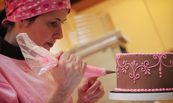 Cupcakes by Heather & Lori - Kitsilano: $65 for a Two-Hour Cake-Decorating Class at Cupcakes by Heather & Lori ($130 Value)