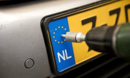 Laat je kentekenplaat beveiligen tegen diefstal, naar keuze incl. winterpakket en ruitencheck bij Autotaalglas Breda