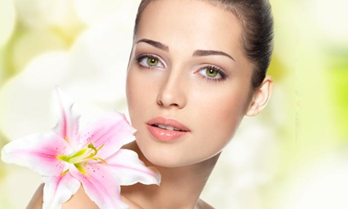 Estetica Venere - ESTETICA VENERE (VIGONZA): 3 pulizie viso o con in più trattamenti all'ossigeno da 24 € invece di 168