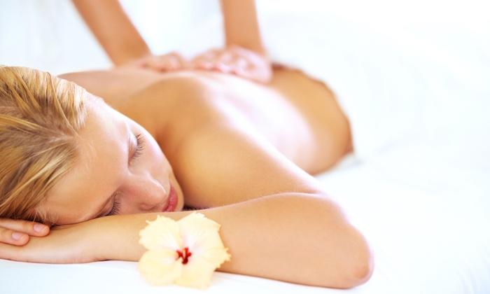 Optimum Health Chiropractic - Reseda: One or Three 60-Minute Swedish Massages at Optimum Health Chiropractic (71% Off)