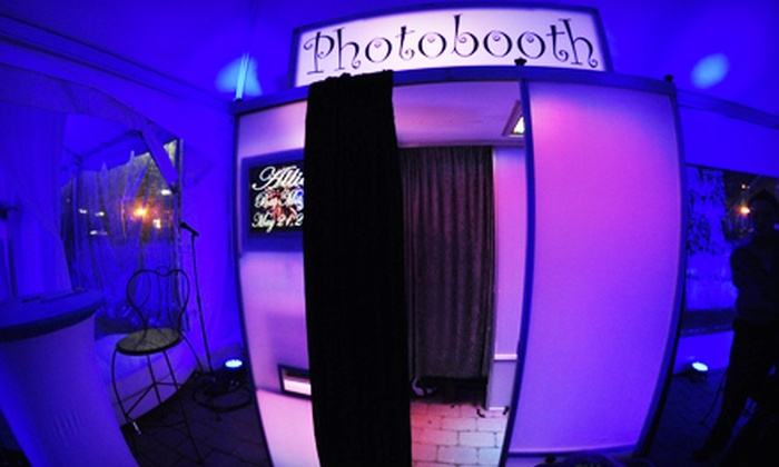 Kapture - New York City: Three- or Five-Hour Photo-Booth Rental from Kapture (Up to 56% Off)