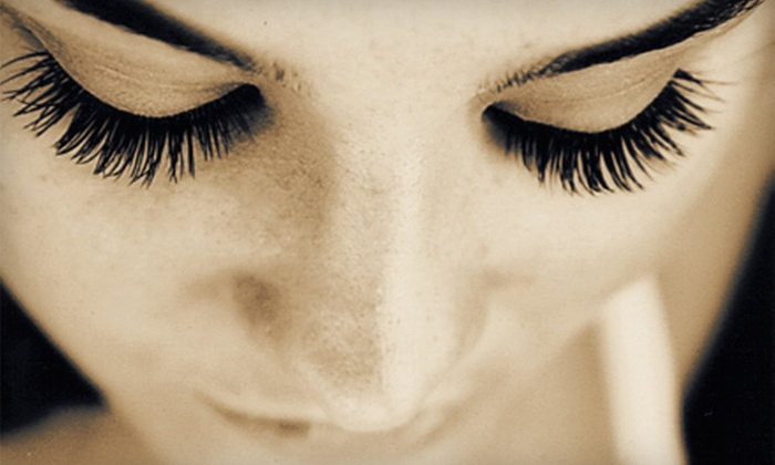 The Lash Lounge - Duffy: $99 for a Full Set of Eyelash Extensions at The Lash Lounge ($205 Value)