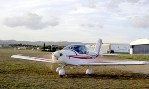 AERONAUTICO 2000: Bautismo de vuelo para una persona a elegir entre 20 o 40 minutos con briefing desde 69,90 € en Aeronáutico 2000