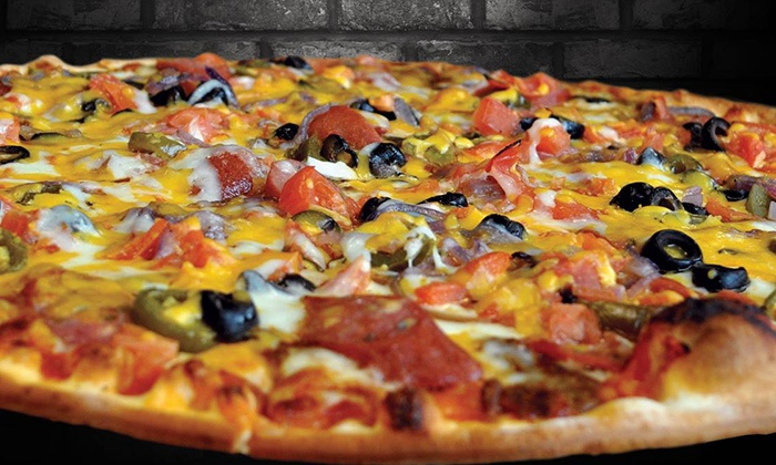 Rosati's Pizza - Schaumburg: $12 for $20 Worth of Italian Food and Drinks at Rosati's Pizza