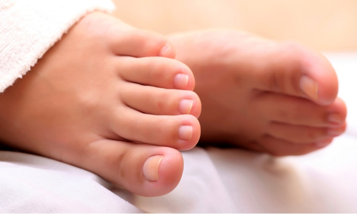 The Experience Salon - Hamburg: $17 for Pedicure with Paraffin Treatment at The Experience Salon ($35 Value)