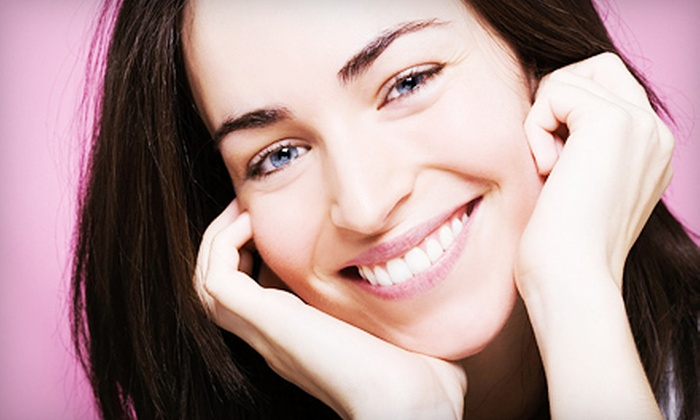 Platinum Smiles - South Austin: $99 for a Teeth-Whitening Treatment at Platinum Smiles ($249 Value)
