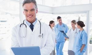 STUDIO OCULISTICO Aesthetic DEL GALLO: Visita, trattamento T.R.A.P. e controllo per la cura di vene varicose delle gambe (sconto 87%). Valido in 2 sedi