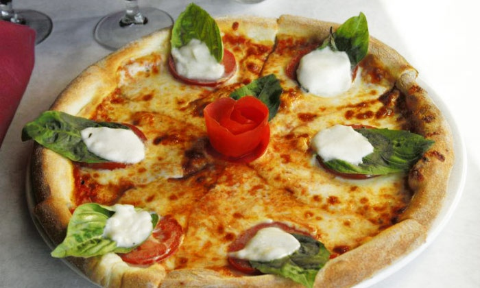 Vittorio's - Torrey Highlands: Italian Food at Vittorio's (Up to 50%Off)