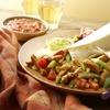 Menü mit Nachos und Burrito