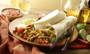 El Muro: 2-Gänge-Menü mit überbackenen Nachos und Burrito nach Wahl für 1, 2 oder 4 Personen bei El Muro (bis zu 46% sparen*)