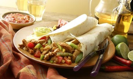 2-Gänge-Menü mit überbackenen Nachos und Burrito nach Wahl für 1, 2 oder 4 Personen bei El Muro