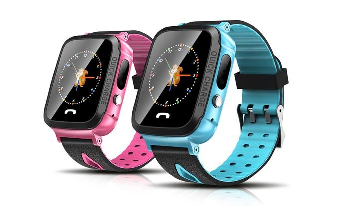 1 o 2 smartwatch V68 per bambini con funzione SOS disponibili in 2 colori e con o senza confezione regalo