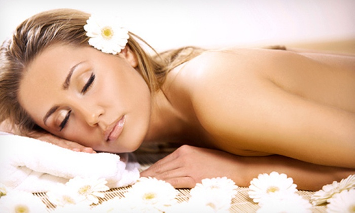 Body and Sol - Bronx Park: $42 for an Aqua Polish Body Scrub and a Cooling Eye Treatment at Body & Sol ($85 Value)