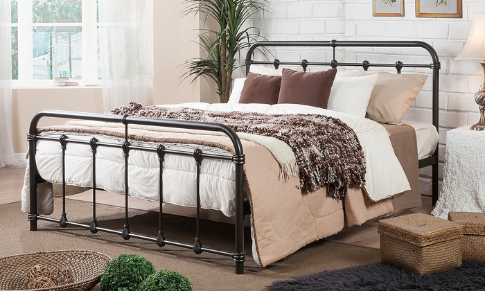 mandy queensize victorian dark bronze metal platform bed mandy queensize victorian