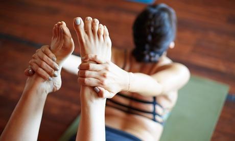 10 clases de bikram yoga desde 39 € en el barrio de Salamanca Oferta en Groupon