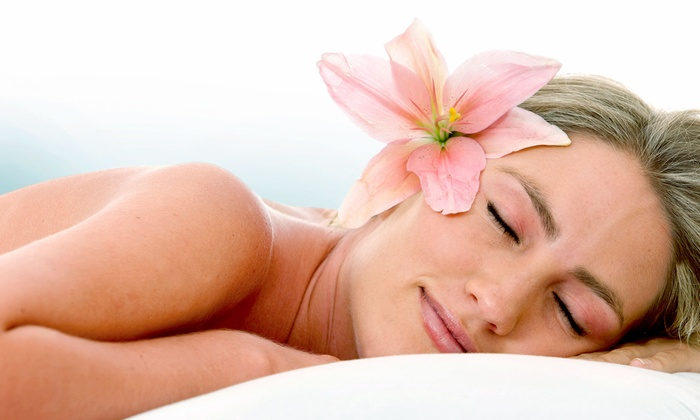 Evanesce Medispa - Southcrest: Spa Services at Evanesce Medispa (Up to 63% Off). Three Options Available.