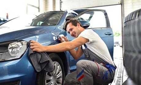 Lavado básico de coche a mano interior y exterior con opción a limpieza de tapicería desde 12,95 € en WashCenter H2Ocio