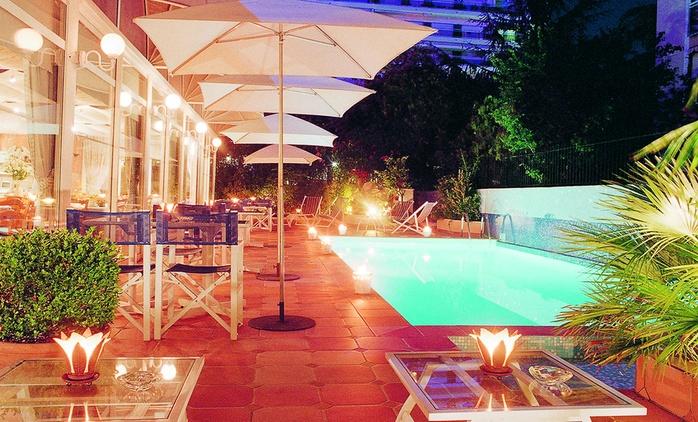 Cannes : 1 à 3 ou 5 nuits avec petit déjeuner, vin rosé ou champagne en option à l'hôtel Amarante Cannes 4*  pour 2