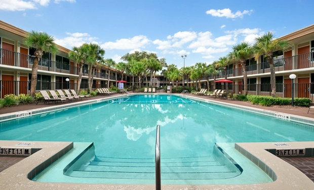 Ramada Gateway Hotel - Kissimmee, FL: Stay at Ramada Gateway Hotel in Kissimmee, FL. Dates into April.