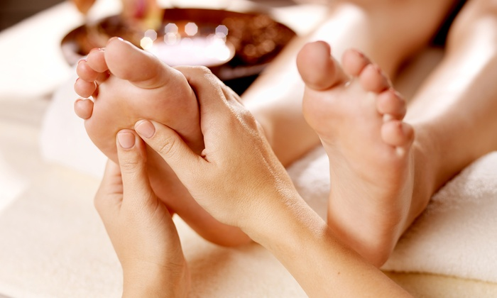 Foot Relax - Armour Square: One or Three 60-Minute Foot Massages at Foot Relax (50% Off)