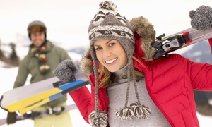 Glasgow Ski & Snowboard Centre: Four-Week Skiing or Snowboarding Lessons with Equipment at Glasgow Ski & Snowboard Centre (47% Off)