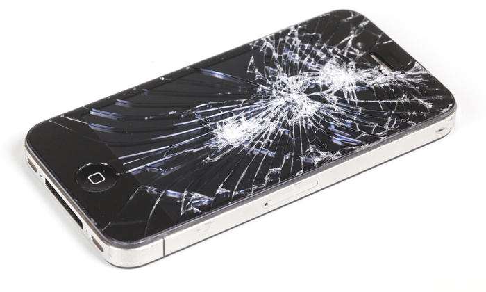 Tracy iRepair - Multiple Locations: iPhone 5 Screen Replacement from Tracy iRepair (51% Off)