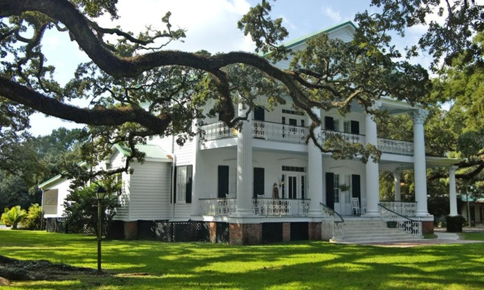 The Fairfax House - Franklin, LA: 2- or 3-Night Stay for Two in a Suite or Standard Room at The Fairfax House in Franklin, LA