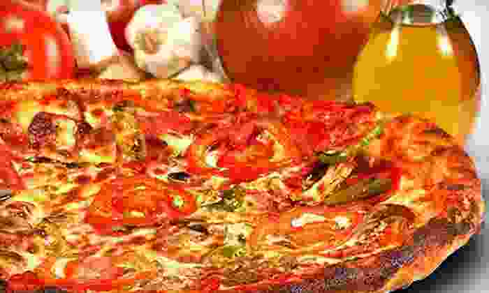 DeVinci's - Ormond Beach: Italian Cuisine, Pizza, and Drinks at DeVinci's (Up to Hlaf Off). Two Options Available.