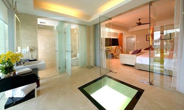 Port Dickson: 5* Water Chalet 2