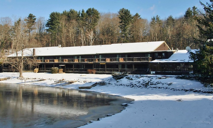 Black Swan Inn - Lee, MA: Stay at Black Swan Inn in the Berkshires, with Dates into April