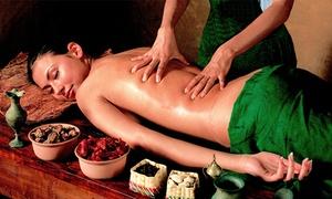 Świątynie świata: Masaż leczniczy kręgosłupa lub masaż leczniczy z elementami masażu tajskiego od 59,99 zł w Świątyniach Świata (do -58%)
