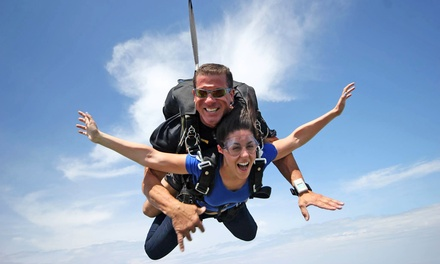 $149 for a Tandem Skydive Jump from Great Lakes Skydiving ($229 Value)