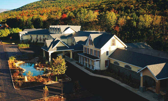 Emerson Resort & Spa - Mt Tremper, NY: Stay for Two with Dining Credit at Emerson Resort & Spa in Mount Tremper, NY. Combine Up to 2 Nights.