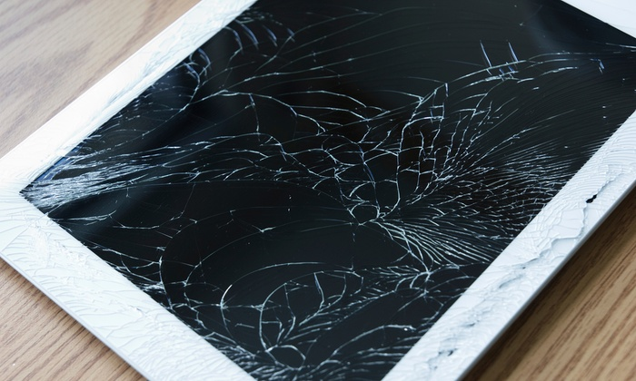 Gametech CTS - Flushing: Cracked Screen Repair for an iPhone 3GS, 4, 4S, or 5, or iPad 2, 3, 4, or Mini at Gametech CTS (Up to 62% Off)