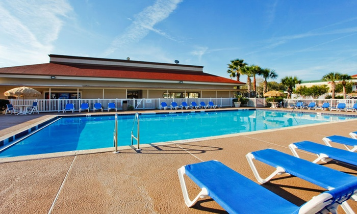 2-Star Fernandina Beach Hotel - Fernandina Beach, FL: Stay at Days Inn and Suites Amelia Island on Amelia Island, FL, with Dates into March