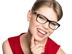Lotus Eyewear: CC$29 for C$200 Worth of Prescription Eyeglasses or Sunglasses with Complimentary Eye Exam at Lotus Eyewear