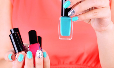 $5 for an Accredited Online Gel-Manicure and Online Nail-Artist Course from Trendimi ($229 Value)