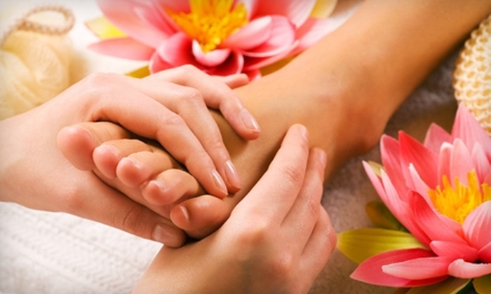 Changing Lives - Johnston: $35 for Reflexology Foot Treatment and Detox Foot Spa at Changing Lives in Johnston ($80 Value)