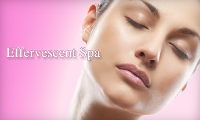 Effervescent Spa - Central Omaha:  $25 for a One-Hour Basic Facial at Effervescent Spa ($50 Value)