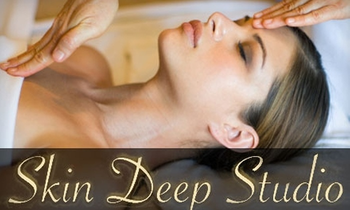 Skin Deep Studio & Day Spa - Orange Park: $35 for a 30-Minute Peppermint Swedish Massage and Cranberry Express Facial at Skin Deep Studio & Day Spa