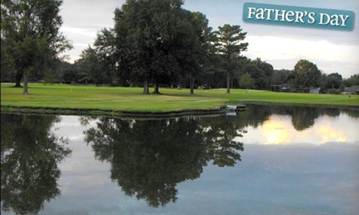 Fennwood Hills Country Club - Baker/Zachary: $25 for 18 Holes of Golf for Two with a Cart at Fennwood Hills Country Club ($50 Value)