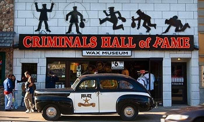 Criminals Hall of Fame Wax Museum - Niagara Falls: $10 for Two Adult Admissions to Criminals Hall of Fame Wax Museum ($21.86 Value)