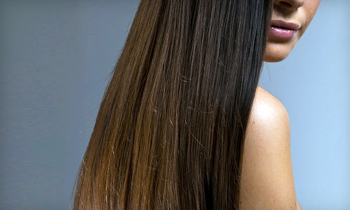 Tre Salon and Spa - Plainview: $99 for a Keratin Straightening Treatment at Tre Salon and Spa in Plainview (Up to $300 Value)
