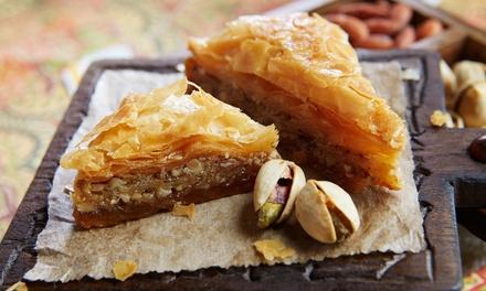 Orientalischer Kuchen oder Gebäck inkl. Getränk nach Wahl für 2 oder 4 Personen bei Jammouls Sweets (bis zu 45% sparen*)